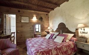Atención personalizada y encanto Hotel Chalet  Val de Ruda