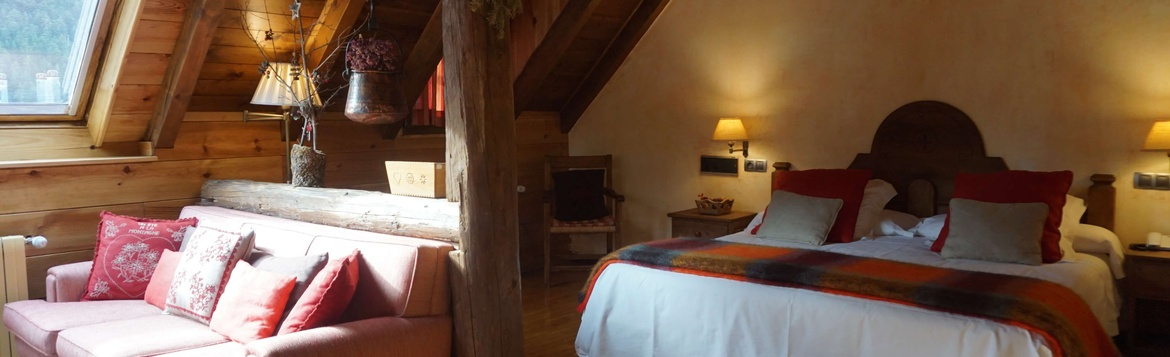 None JUNIOR SUITE Hotel Chalet Val de Ruda